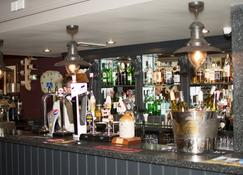 The Dewdrop Inn - Worcester - Bar