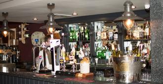 The Dewdrop Inn - Worcester - Bar