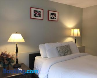 Hope Springs Eternal Bed and Breakfast - Hope - Bedroom