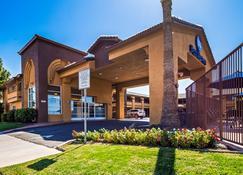 Best Western Heritage Inn - Bakersfield - Building
