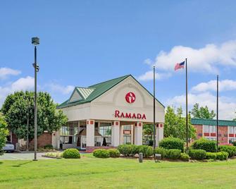 Ramada by Wyndham Rock Hill - Rock Hill - Gebäude