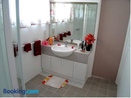 Sunhaven Beach Bungalows - Rarotonga - Phòng tắm