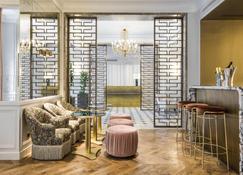 Grand Powers - Paris - Lobby