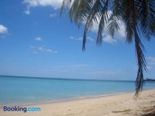 Thai Life Guesthouse - Khao Lak - Beach
