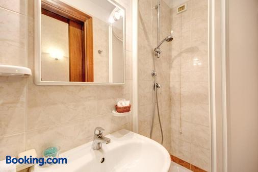 聖莫里茨酒店 - 羅馬 - 羅馬 - 浴室