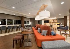 Home2 Suites by Hilton Phoenix Glendale-Westgate - Glendale - Lobby