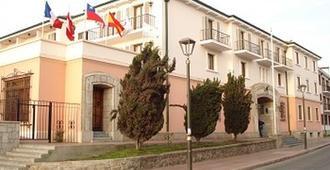 Hotel Francisco De Aguirre - La Serena - Building