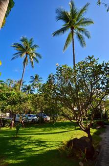 First Bungalow Beach Resort - Ko Samui - Outdoor view