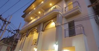 第一平房海灘度假酒店 - 蘇梅島 - 蘇梅島 - 建築