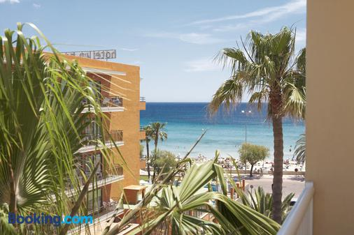 Universal Hotel Bikini - Cala Millor - Beach