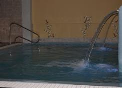 Hotel Aurora - Misano Adriatico - Rakennus