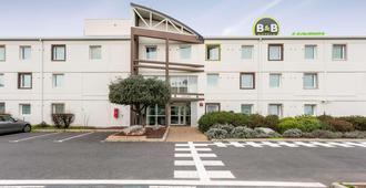 B&b Hotel Beziers - Villeneuve-lès-Béziers - Edificio