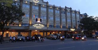 Le President Hotel - Πνομ Πενχ