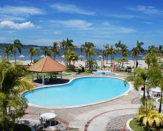 Vista Marina Hotel and Resort - Subic Bay Freeport Zone - Pool