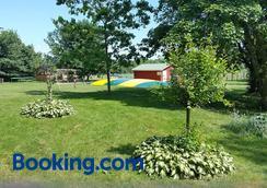 Øst Trøgelborg Farm Holiday - Биллунд - Вид снаружи
