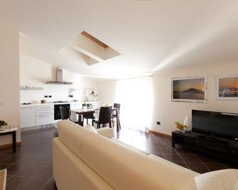 Residenza Le Torri - Cavaion Veronese - Living room