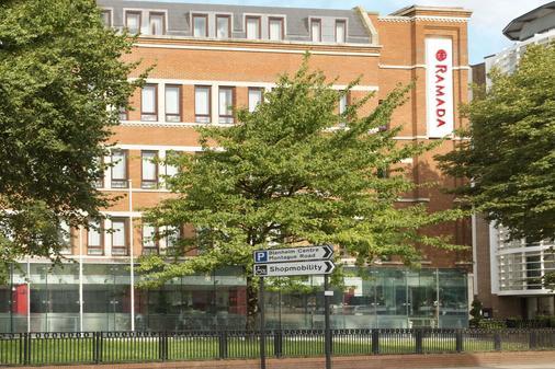 Ramada Hounslow - Heathrow East - Hounslow - Toà nhà
