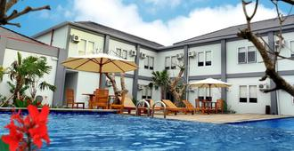 Grand Royal Bil Hotel - Kuta