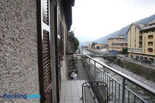 Albergo Gusmeroli - Tirano - Balcony