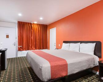Motel 6 Englewood Fl - Englewood - Ložnice