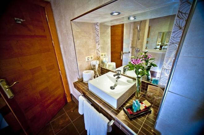 Hotel Condes de Castilla - Σεγκόβια - Μπάνιο