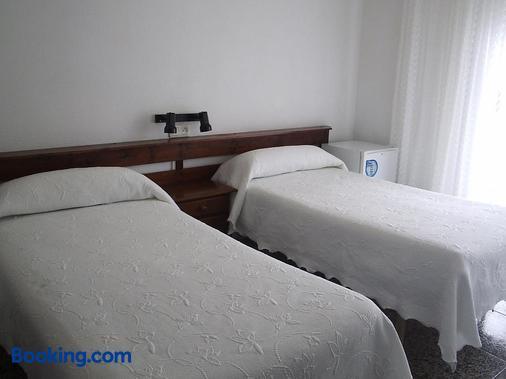 Pension K-Hito - Santiago de la Ribera - Bedroom