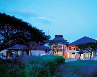 Kirimaya Golf Resort Spa - Mu Si - Будівля