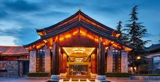 Intercontinental Lijiang Ancient Town Resort - Lijiang - Building