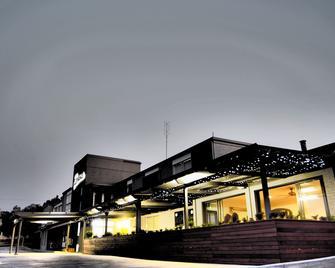 Hotel Gracelands - Parkes - Budova