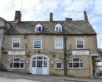 The Fox - Chipping Norton - Building