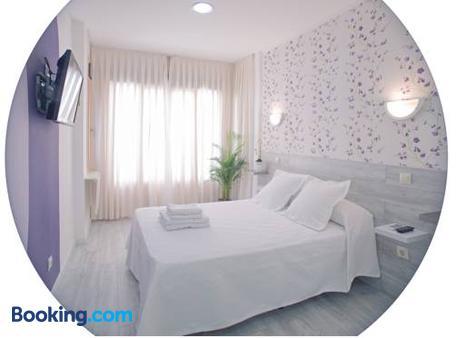 Hostal Nersan - Madrid - Bedroom