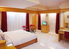 Hotel Hangtuah - Padang - Κρεβατοκάμαρα