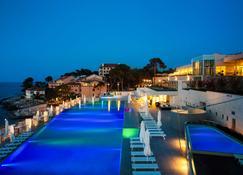 Vitality Hotel Punta - Veli Losinj - Pool
