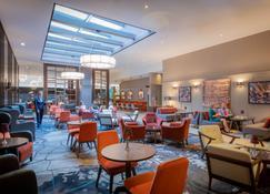 Clayton Hotel Dublin Airport - Dublin - Lounge