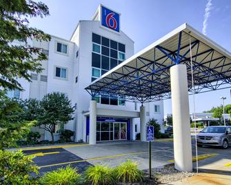 Motel 6 Portsmouth Nh - Portsmouth - Edificio