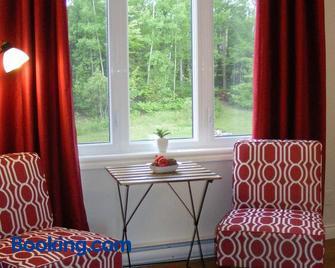 Gite L'Antre d'Eux - Orford - Living room