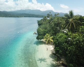 Evis Resort - Seghe - Beach