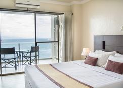 Hotel Tavern Surigao - Surigao - Habitación