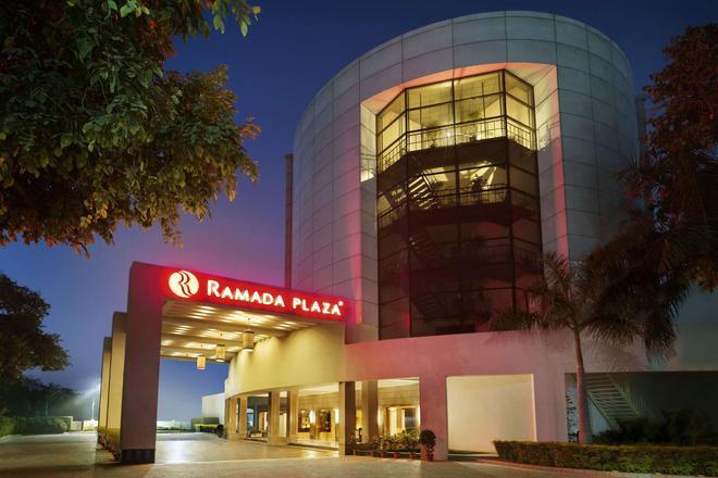 Ramada Plaza By Wyndham Jhv Varanasi - Vārānasi - Building
