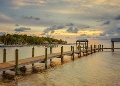 Drift Hotel - Key Largo - Außenansicht
