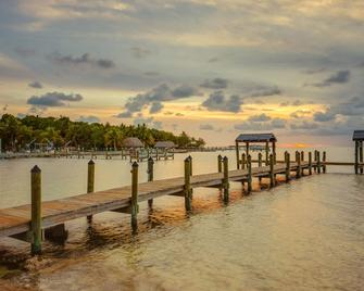 Drift Hotel - Key Largo - Outdoors view