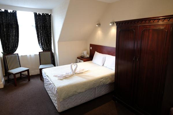 Charlotte Guest House - London - Bedroom