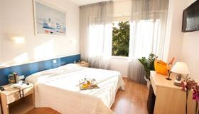 Relais Mediterraneum - Rom - Schlafzimmer