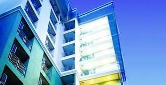 アイ レジデンス ホテル サトーン - バンコク - 建物