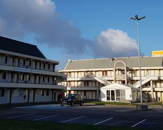 Première Classe Amiens Est - Glisy - Glisy - Edificio