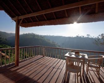 Puri Sebatu Resort - Тегаллаланг - Балкон
