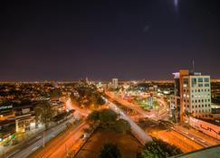 Holiday Inn Guadalajara Expo - Zapopan - Vista del exterior