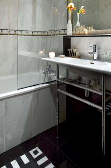 Les Jardins Du Marais - Paris - Bathroom