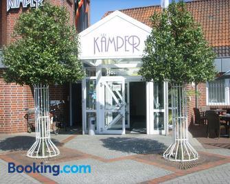 Hotel-Restaurant Kämper Superior - Bad Zwischenahn - Building