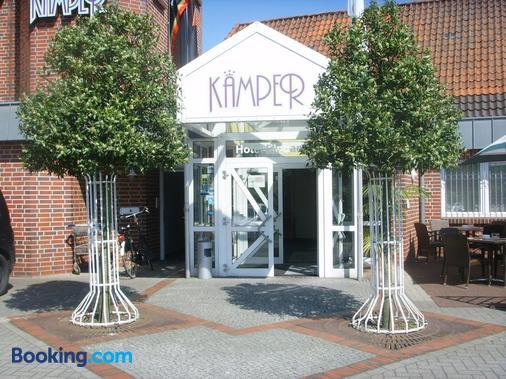 Hotel Restaurant Kamper Superior - Bad Zwischenahn - Building